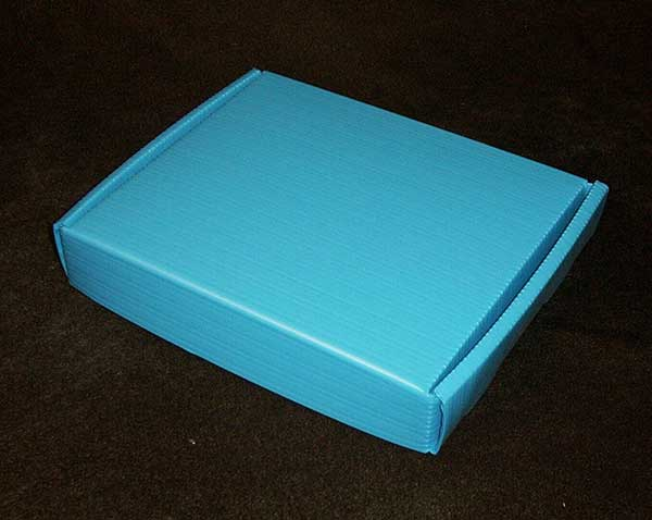 Light blue Box - Roll End Lock Front (RELF)